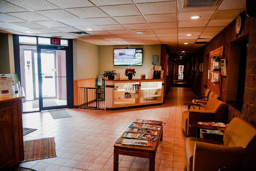 On the Spot Detailing front desk lounge Woodbury, MN.