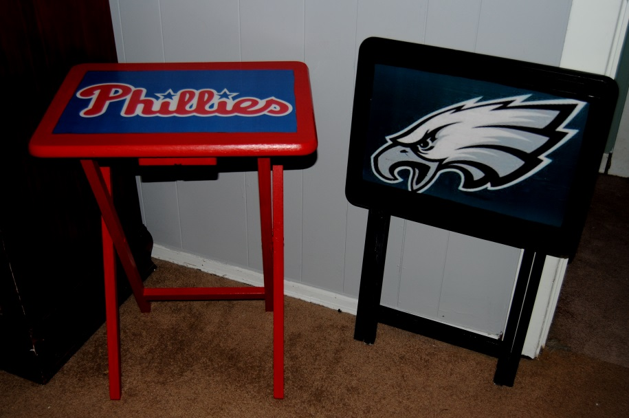 Sports Team TV Trays made with Mod Podge (2/3)