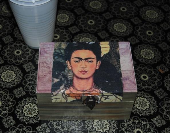 Fabulous Frida: Dollar Store Decoupage (4/6)