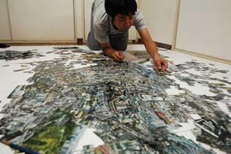 sohei-nishino-creating-the-maps