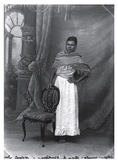 Male : Female Photographer- Benjamin Street Character- Rosa Emilia Restrepo or Roberto Durán Year- 1912 2