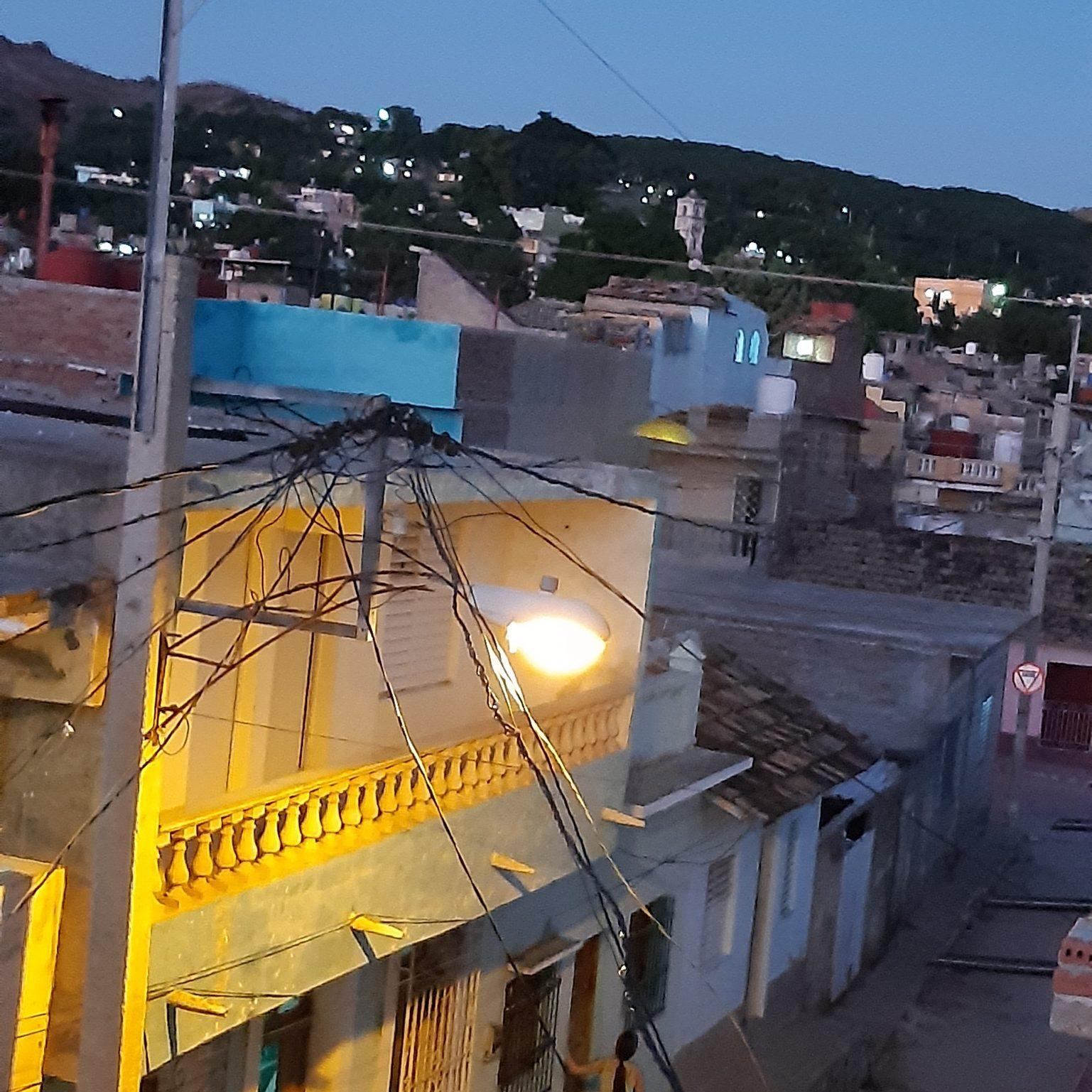Trinidad über den Dächern abedns