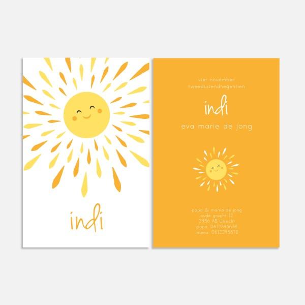Dit geboortekaartje is fris en eenvoudig en straalt je tegemoet door de vrolijke zon. Formaat 10x15.