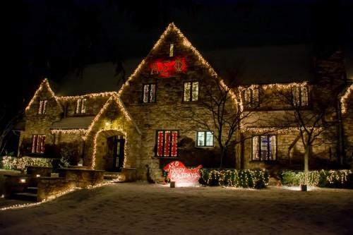 Alpha Sigma Phi keeps the spirit alive with a festive sleigh.