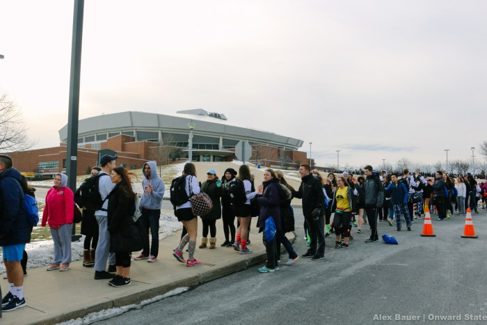 thon dancers entering