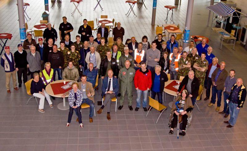 regiobestuur-en-vrijwilligers-eindhoven-23-04-2016-gerben-vd-bruggen-print