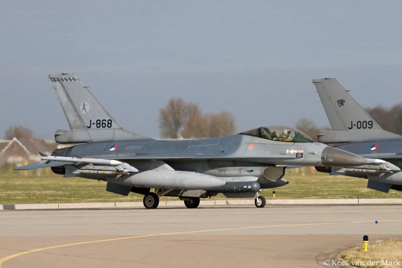 F-16 J-868