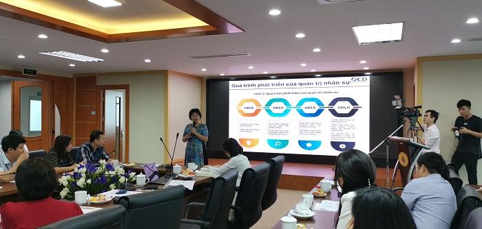 Xu hướng quản trị nhân lực 4.0 và khuyến nghị đối với Việt Nam