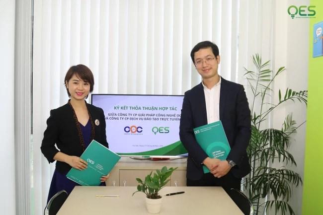 Lễ ký kết thỏa thuận hợp tác giữa Công ty Giải pháp Công nghệ OOC và công ty CP dịch vụ đào tạo trực tuyến OES