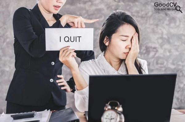 Nhân viên nghỉ việc đồng loạt - Nguyên nhân và cách giải quyết