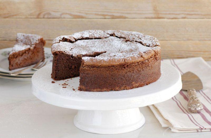 עוגת שוקולד פאדג' עם אבוקדו