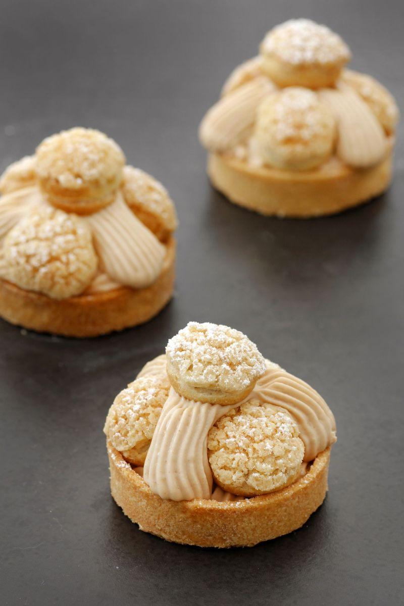 Mini Hazelnut Caramel Tart