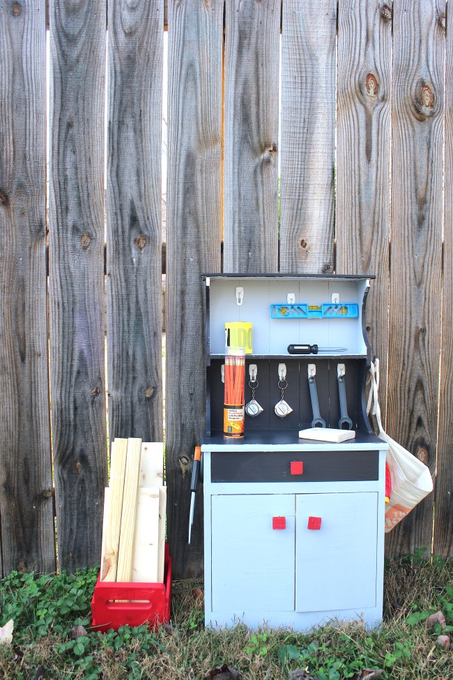 How to make your own kids workbench