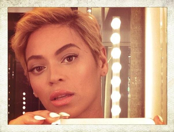 beyonce-new-short-hair-cut-beyonce-debuts-new-hair-cut-beyonce-short-hair-4