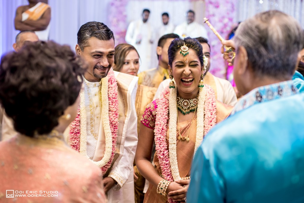 Satya-Priyya-Indian-Hindu-Wedding-Kuala-Lumpur-Malayisa-Singapore-Glasshouse-Sim-Darby-Convention-Center-St-Regis-Ceremony-ROM-Sangget-Nalangu-Ooi-Eric-Studio-Tun-Mahathir-49
