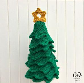 2 Star | Christmas Tree | Free Pattern | Oombawka Design