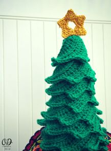 4 Star | Christmas Tree | Free Pattern | Oombawka Design