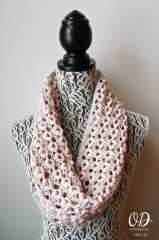 Valentines Day Love is in the Air Cowl