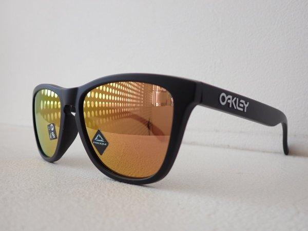 耐水・汗に強いサングラスでアクティブに。|オークリー(OAKLEY)「frogskins」-OAKLEY