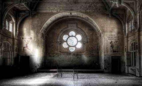 Beelitz-sanatorium-abandoned-2