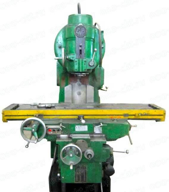 Консольно-фрезерный-вертикальный-станок-с-поворотной-головой-6Н13П