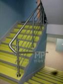 Architekt Pabianice OOO studio Architektura i Design Balustrada schodowa stal nierdzewna wypelnienie z pretow 2