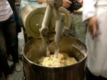 Mixing and kneading using a dough kneader