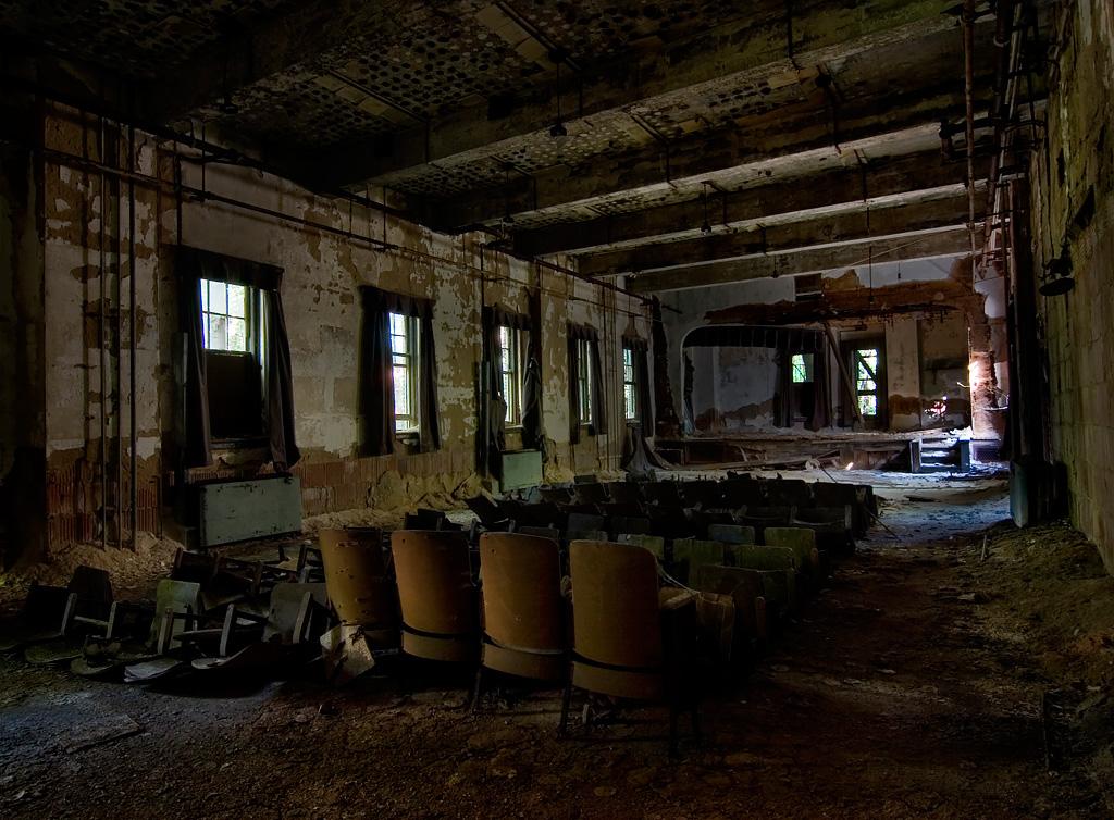 The Back Row Photo Of The Abandoned Riverside Hospital