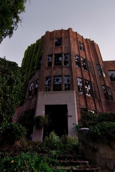 Riverside Hospital (North Brother Island): an Abandoned ...