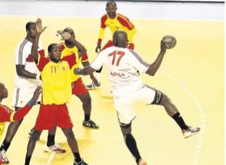 "Angola falha ""assalto"" à final do Africano"