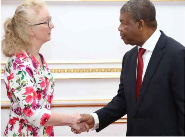 Cimeira em Londres: Delegação angolana seis vezes mais obesa do que o recomendado