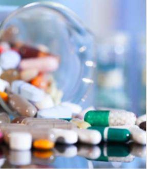 INADEC detecta 27 mil e 500 medicamentos expirados na clínica Sagrada Esperança