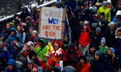 Bilionários são mais ricos do que 60% da população mundial, diz ONG