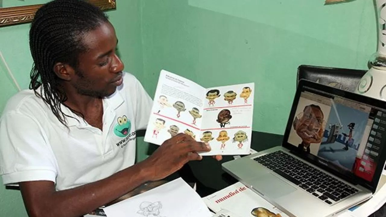 """Confinamento faz """"nascer"""" novo livro do caricaturista Nelson Paim"""