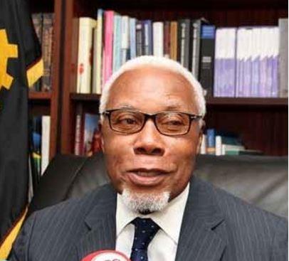 Antigo ministro das Finanças diz que tendências de corrupção vêm desde o início da Independência
