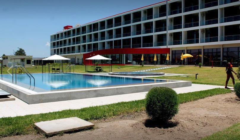 """Cadeia hoteleira """"Infotur"""" vai ser privatizada"""