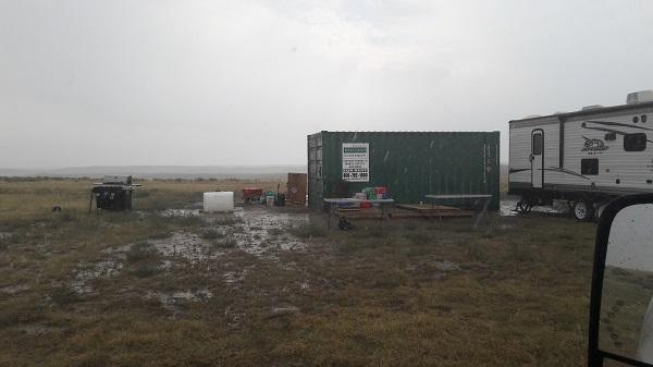 kamp in de regen
