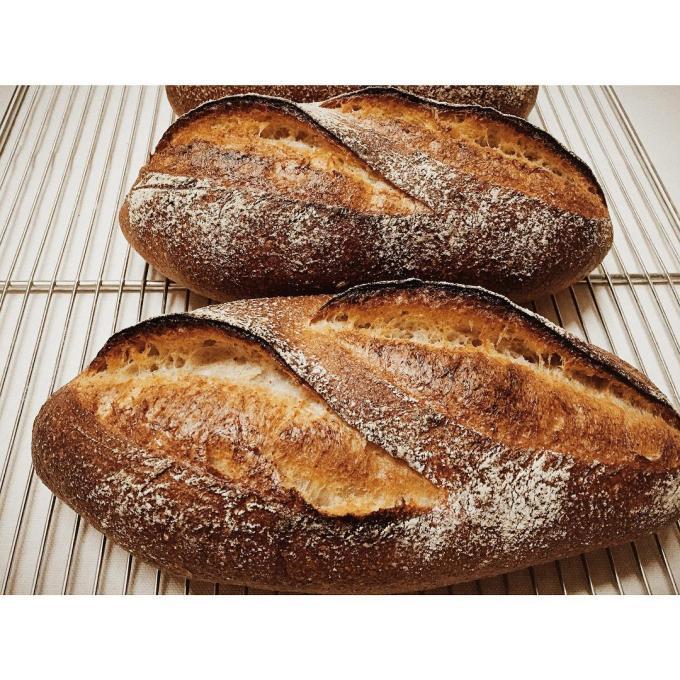 パン・オ・ルヴァンが焼き上がりました   OPAN オパン 東京 笹塚のパン屋