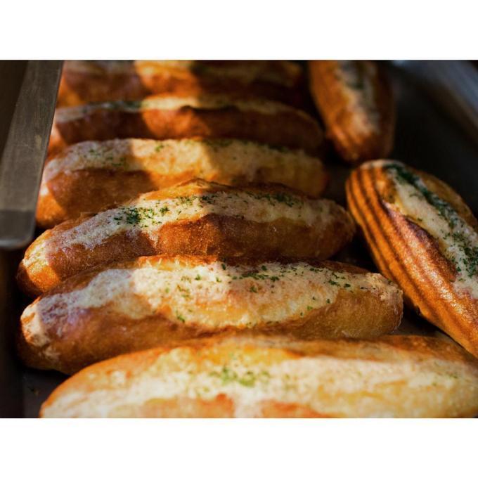 ガーリックフランス | OPAN オパン|東京 笹塚のパン屋