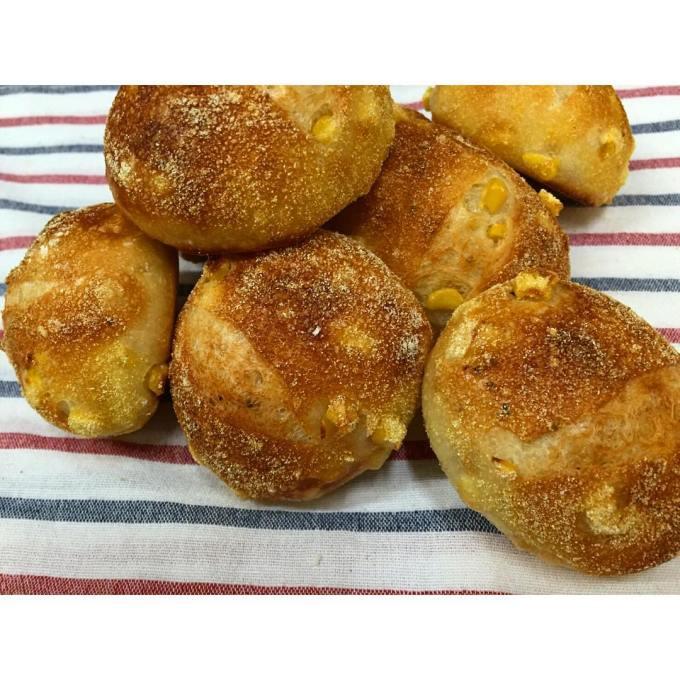 オパンのコーンパン | OPAN オパン|東京 笹塚のパン屋