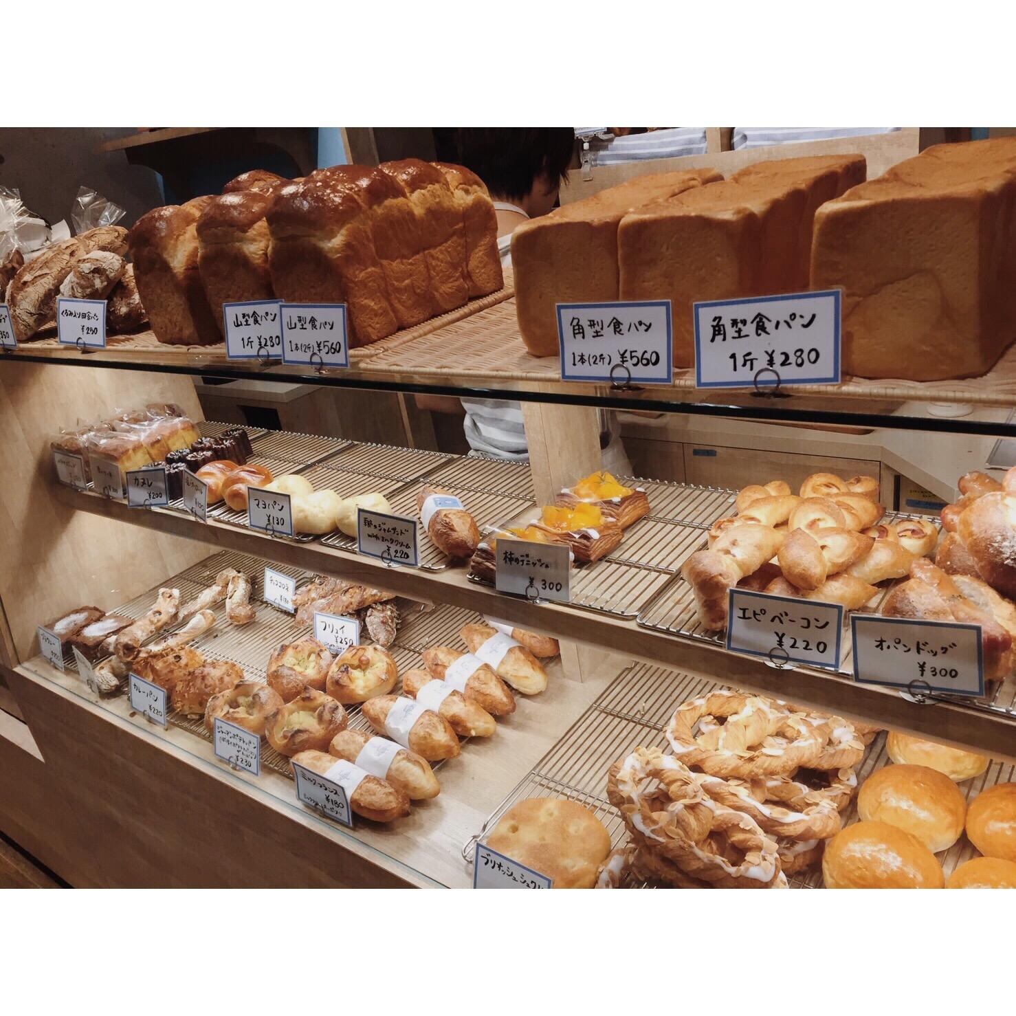 本日のパン棚(2016.10.20)   OPAN オパン 東京 笹塚のパン屋