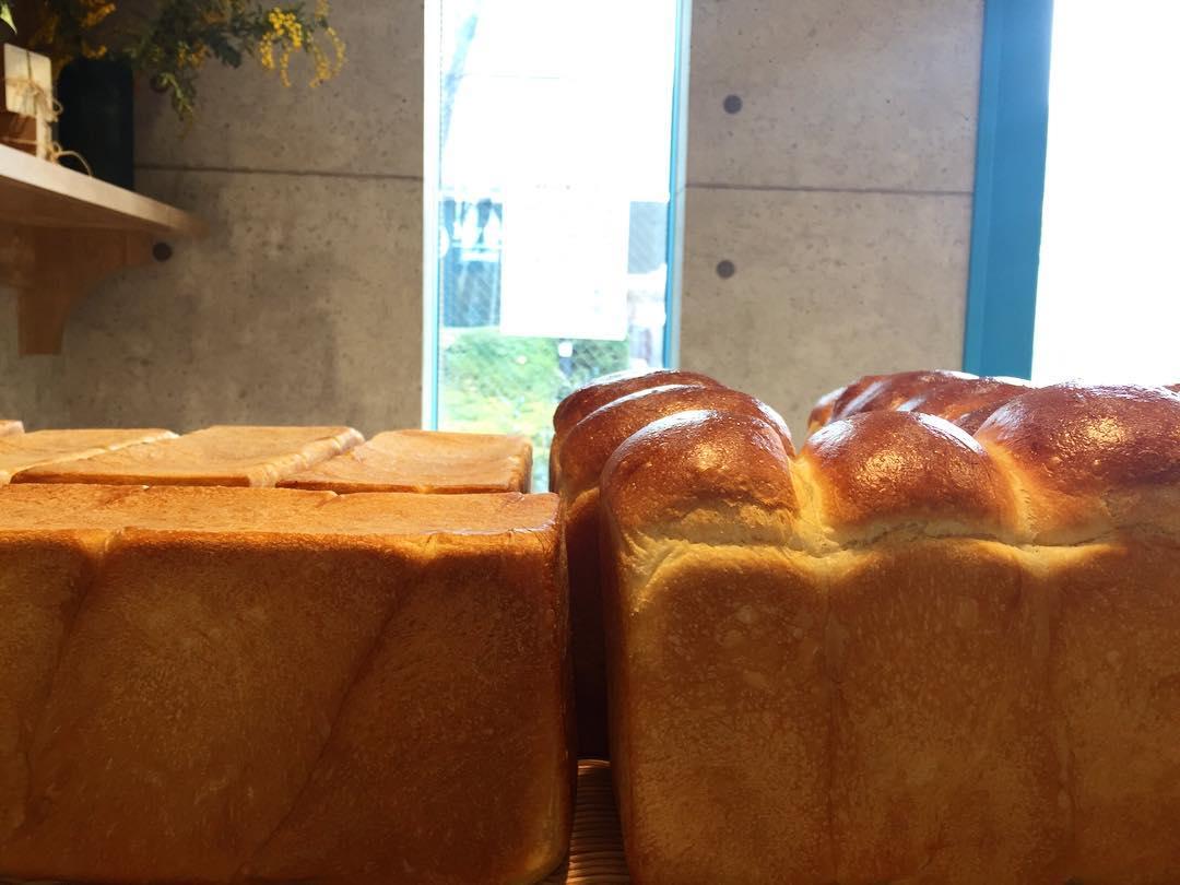 オパンの山型食パン、角型食パン(2017.03.31)