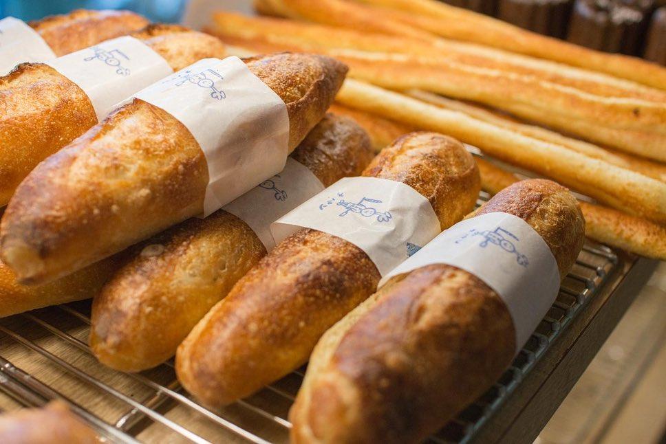 オパンドッグ、ミルクフランスたくさん焼き上げております(2021.01.23)