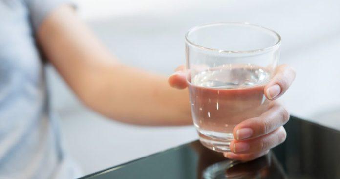 Beber água: Hidratação