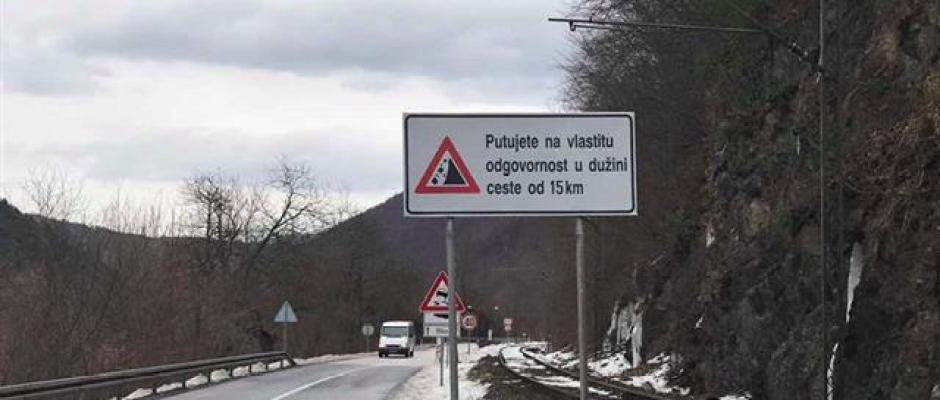 Reagovanje na postavljanje saobraćajnih znakona na ulazu u kanjon rijeke Une