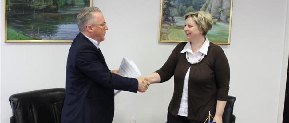 Nastavlja se rekonstrukcija Starog grada Jezerski, potpisan ugovor vrijedan 50 hiljada KM
