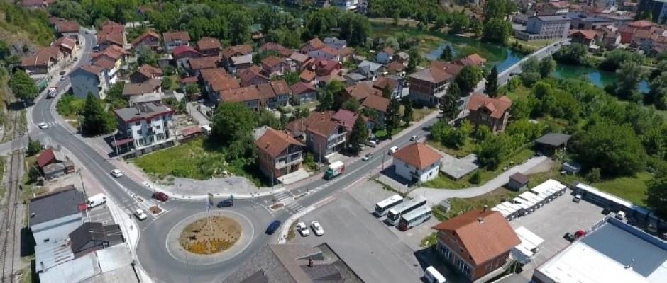 PROŠLE GODINE U INFRASTRUKTURU OPĆINA BOSANSKA KRUPA ULOŽILA VIŠE OD MILION KM
