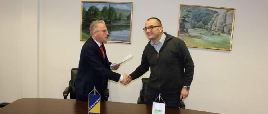 Povećanje konkurentnosti radne snage u Bosanskoj Krupi: Potpisan ugovor za nabavku i montažu opreme za obuku zavarivača