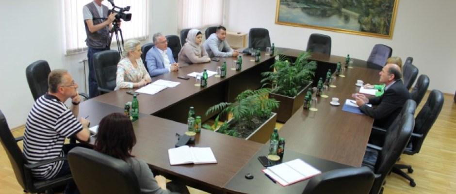 Ministar za građenje, prostorno uređenje i zaštitu okoliša USK Adnan Alagić posjetio Općinu Bosanska Krupa