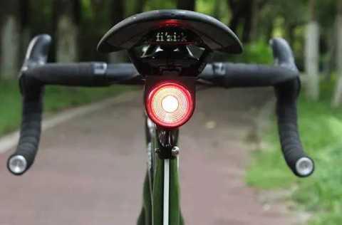 ANTUSI a8 - ANTUSI A8 108dB Burglar Alarm Tail Light Banggood Coupon Promo Code [Czech Warehouse]